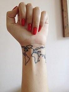 Lubicie tatuaże na nadgarstkach?