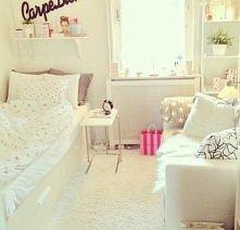 Kolejny piękny pokój w biał...
