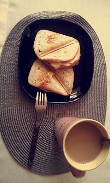 kaloryczne lecz pyszne śniadanko :)