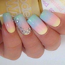 kolorowo- tęczowo