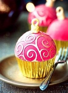 Czy to muffin, czy to bombka? :)