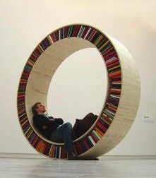 Czytać na okrągło nabiera nowego znaczenia! :D