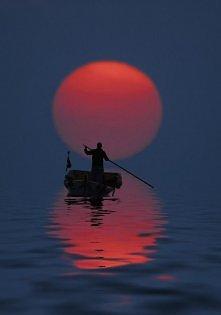Rejs o zachodzie słońca, Antalya, Turcja.