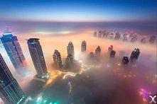 Nieziemskie scenerie? To tylko Dubaj przykryty gęstą mgłą. Zapiera dech w pie...