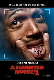 """"""" DOM BARDZO NAWIEDZONY 2 """"  Po dokonaniu egzorcyzmów na swojej byłej dziewczynie Malcolm (Marlon Wayans) dokonuje zmian w swoim życiu. Wiąże się z nową partnerką, któ..."""