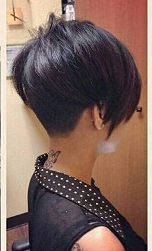 Bardzo krótkie fryzury dla kobiet - zdjęcia -->>