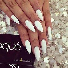 white :*