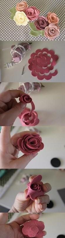Kwiatki, mogą być wpięte do włosów lub wykorzystane jako broszka