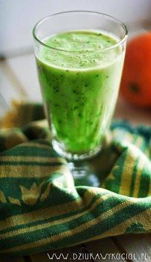 Kiwi, banan i jogurt naturalny. Porcja zdrowia zamiast porannej kawy <3