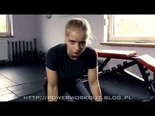 PW - Trening sikoreczki na piersi w górę!