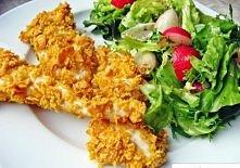 Składniki: jedna, pojedyncza pierś z kurczaka jedno jajko około 2 szklanek pełnoziarnistych płatków kukurydzianych (70g) sól, pieprz Pierś z kurczaka dokładnie umyć, pokroić na ...