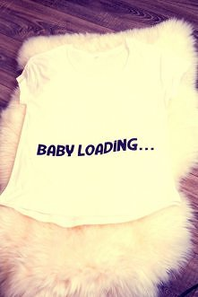 """T-shirt """"Baby Loading""""  biuro@betahaft.pl"""