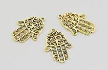 ręka Fatimy, podobno przynosząca szczęście ;)  amulet ma Pięć palców przeciwko złemu urokowi i złemu spojrzeniu. ja już mam taką a Wy?