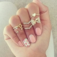 piękne pierścionki ... i pa...