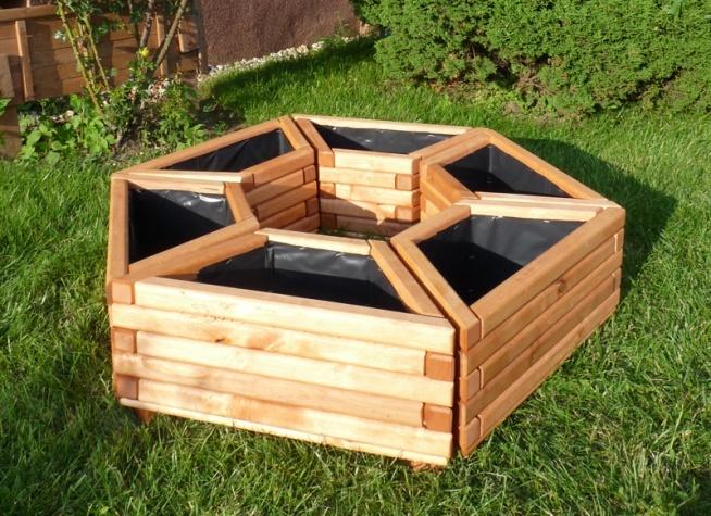 Bardzo Wytrzymałe Donice Wykonane Z Drewna Sosnowego Lub