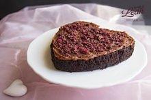 Buraczano-migdałowy brownie paleo wegański