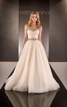 Suknie ślubne 2015: Martina Liana
