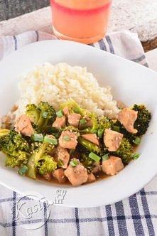 15 minutowy przepis na dietetycznego kurczaka z brokułem.