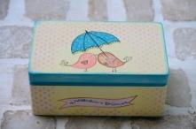Wyjątkowy kuferek na kartki ślubne od gości! Do kupienia w sklepie internetowym Madame Allure :-) #kuferekślubny #wesele #madameallure #pudełkonakoperty