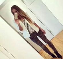 outfit ;3