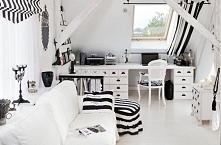 Czarno-białe bardzo ciekawe wnętrze :)