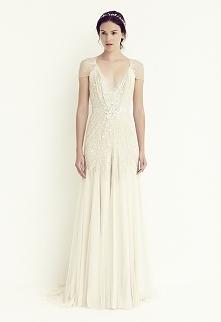 Suknia ślubna wzorowana na latach dwudziestych