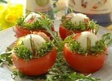 koszyczki z pomidorów i sera mozzarelli Dobre na Wielkanoc !