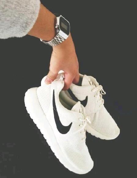 Moje white ;3
