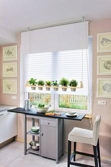 kwietnik do kuchni, kwiaty lub zioła