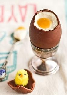 Czekoladowe jajka Składniki...