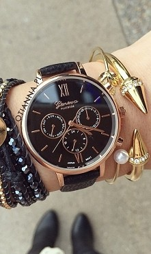Piękny czarny zegarek dostępny w sklepie OTIEN