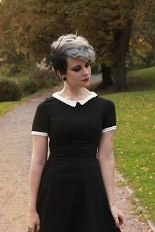 świetna sukienka, skromna, ...