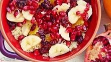 Sałatka z kaszy kuskus z owocami