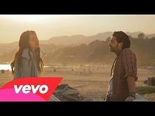 John Mamann - Love Life ft. Kika  Super piosenka! Taka pozytywna i wesoła, aż...