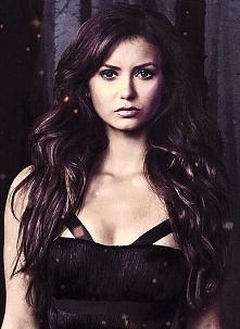 Katherine Pierce, tak była zimną suką ale miała ku temu powody 300 lat uciekała przed Klausem, naprawdę kochała Stefana lecz po części też Damona. Podsumowując życie dało jej w ...