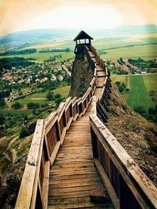 Mountain Lookout, Boldogkőv...