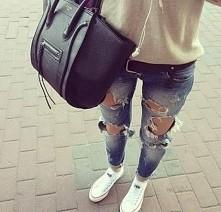 świetne jeansy i ogólnie stylizacja -zgadzacie się ze mną.? piszczcie w kom. ;)