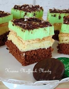 Ciasto Miętusek     Przepyszne  mało słodkie ciasto. Jest bardzo proste w wykonaniu. Kojarzy mi się właśnie z wiosną, ponieważ jest bardzo orzeźwiające. Jedno z moich ulubionych...