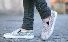 podobają mi się ze względu na wężowy wzór :) ale chyba z moją szeroką stopą się nie zmieszczę :(
