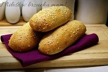 Bułki do hot-dog PRODUKTY:  450g mąki pszennej 1 łyżka cukru 2 łyżeczki suszo...