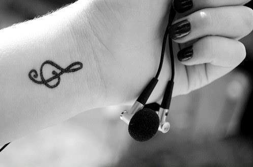 Klucz Wiolinowy Na Nadgarstku Na Tatuaże P Zszywkapl