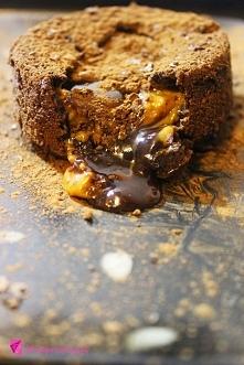Kreatywne Piny; Czekoladowo-Karmelowa Lava Cake; ''Death by chocola...