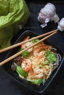 Kreatywne Piny; Krewetki w sosie pomidorowym z makaronem Soba Po przepis kliknij w zdjęcie