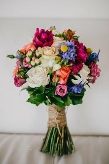 Kolorowy bukiet ślubny. Naszym zdaniem super!