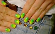 Jak pomalować paznokcie w s...