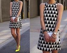 czarno biała sukienka, ładny wzór :)