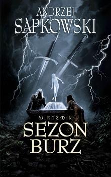 """""""Nigdy nie mów nigdy!"""" W powieści pojawiają się osoby doskonale czytelnikom znane, jak wierny druh Geralta – bard i poeta Jaskier – oraz jego ukochana, zwodnicza czarodziejka Ye..."""