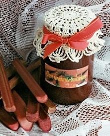Dżem rabarbarowo-truskawkowy  Składniki  1/2 kg obranego rabarbaru, 1/2 kg oc...