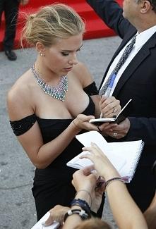 Mmm.. Przępiękna Scarlett <3