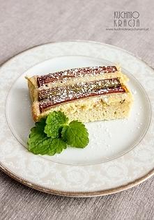 Delikatne ciasto z rabarbarem  Przepis po kliknięciu w zdjęcie :)
